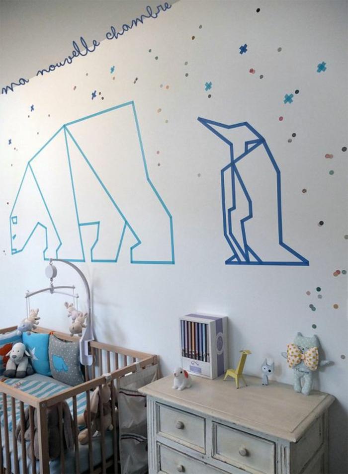 decorar paredes, decoración de pared con dibujos de oso y pinguino para habitación infantil