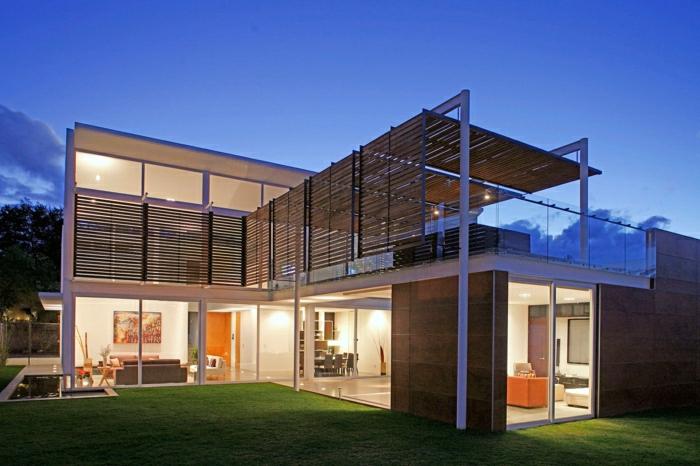 1001 ideas sobre fachadas de casas modernas for Fachadas de casas de 2 pisos con balcon
