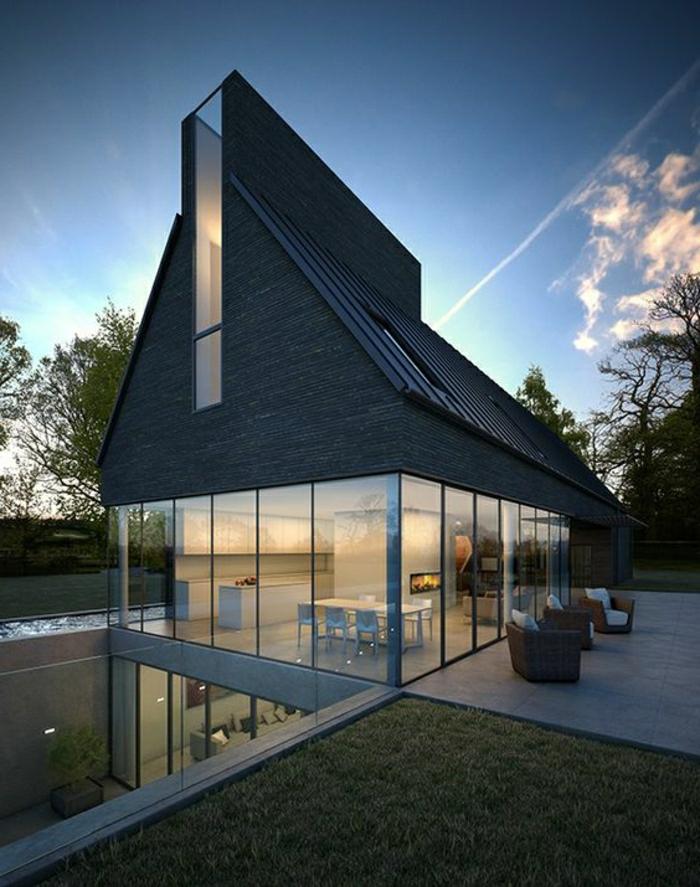 fachadas de casas, villa con techo irregular en negro con un piso y paredes de vidrio, piscina