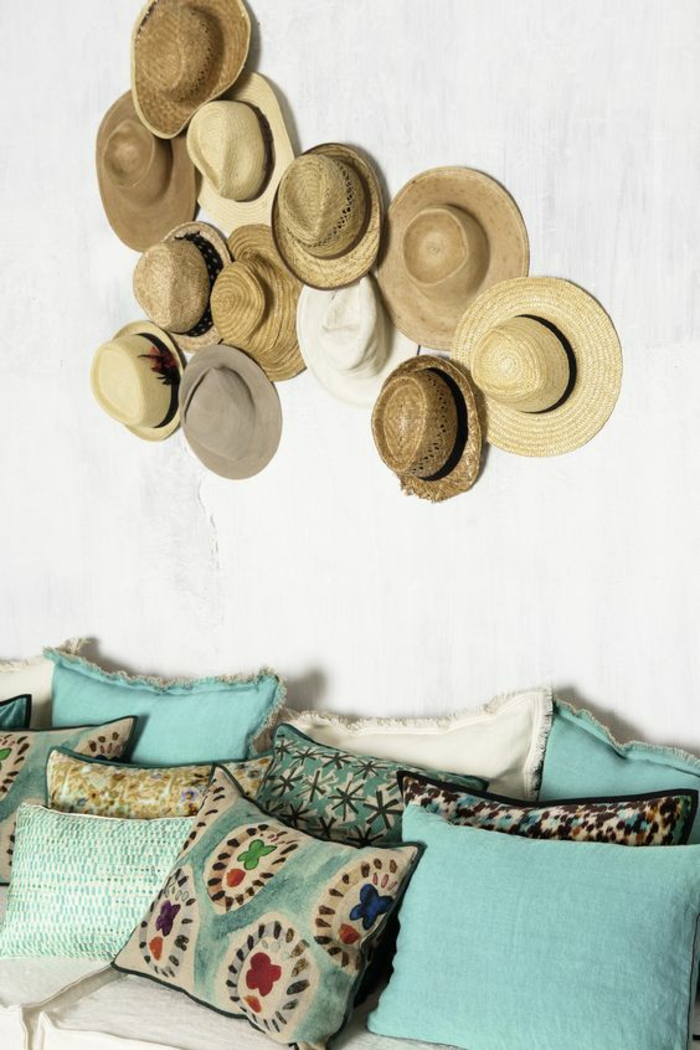 ideas de decoracion, decoracion de pared con sombreros