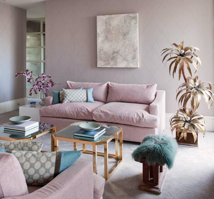 decoracion nordica, sala de estar con sofa en color pastel, moqueta, mesa vidrio, decoracion con plantas