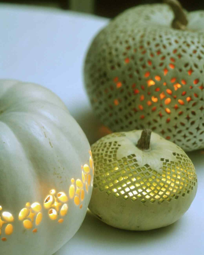 calabazas Halloween, calabazas verdes talladas bordadas iluminadas
