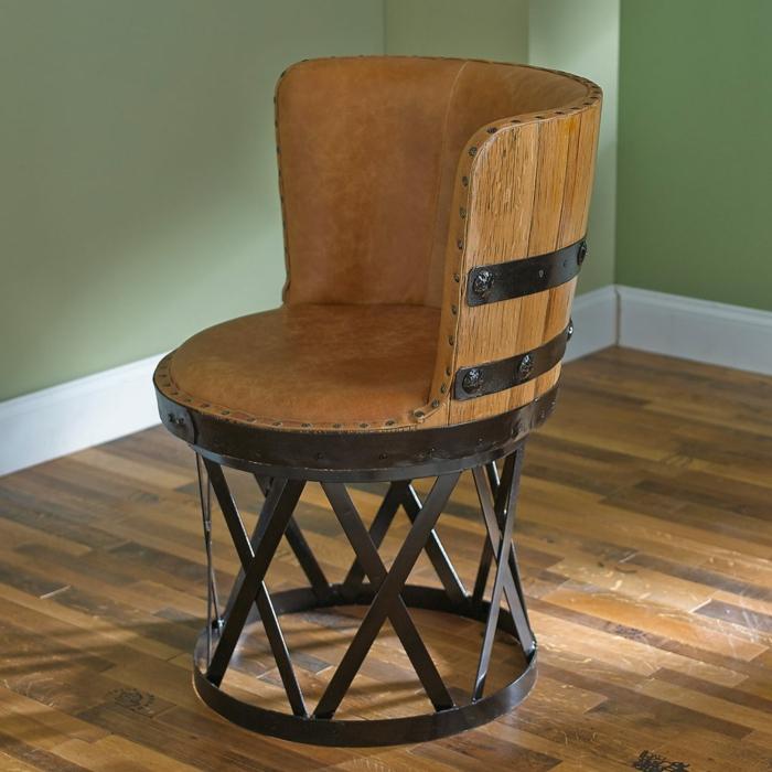 1001 ideas de muebles reciclados para interiores y exteriores for Sillas hechas de palets