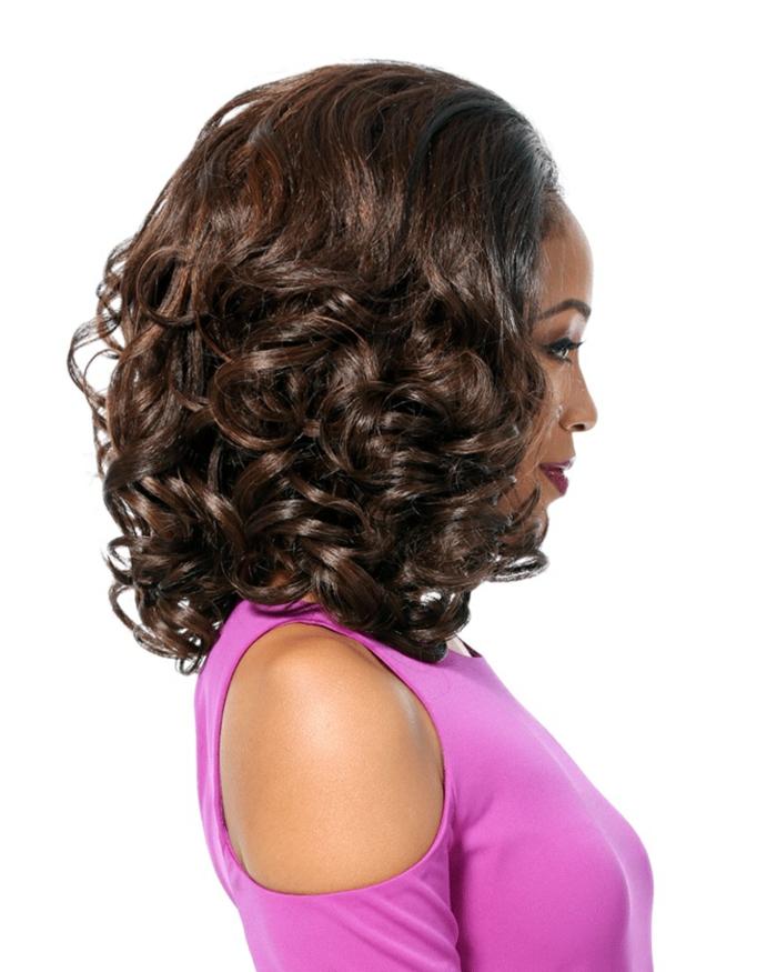 cortes pelo rizado, mujer de perfil, pelo afro con corte bob