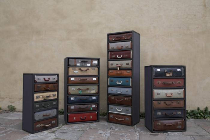 muebles hechas con palets, comodas de diferente altura con cajones de maletas vintage
