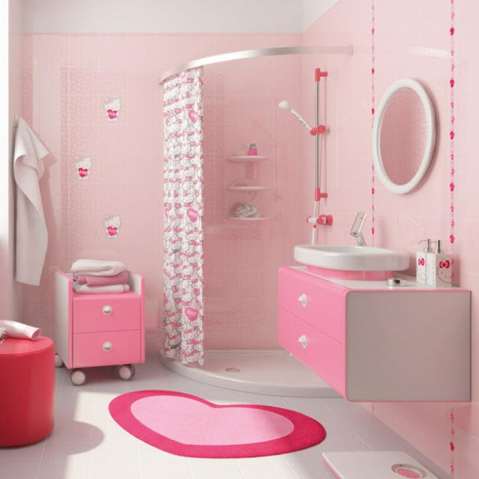 decoracion baños, baño infantil, todo en color rosa, cortina con estampas