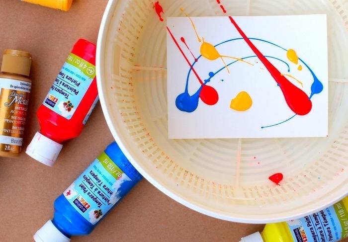 manualidades sencillas, pinturas de agua para hacer decoración de spin art,