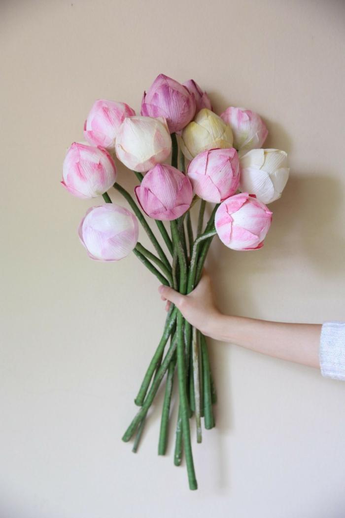 flores de papel paso a paso. bouquet de tulipanes rosados hechos con papel