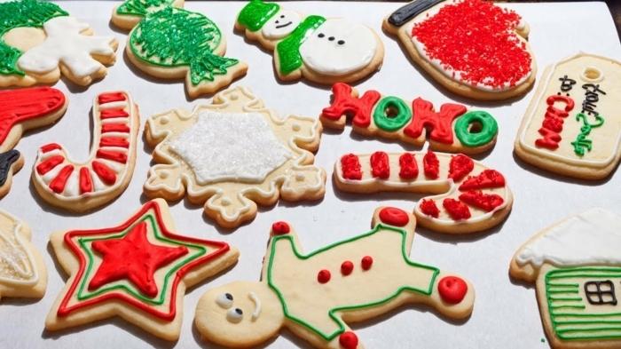 adornos de navidad, bizcochos decorados, figuras de navidad