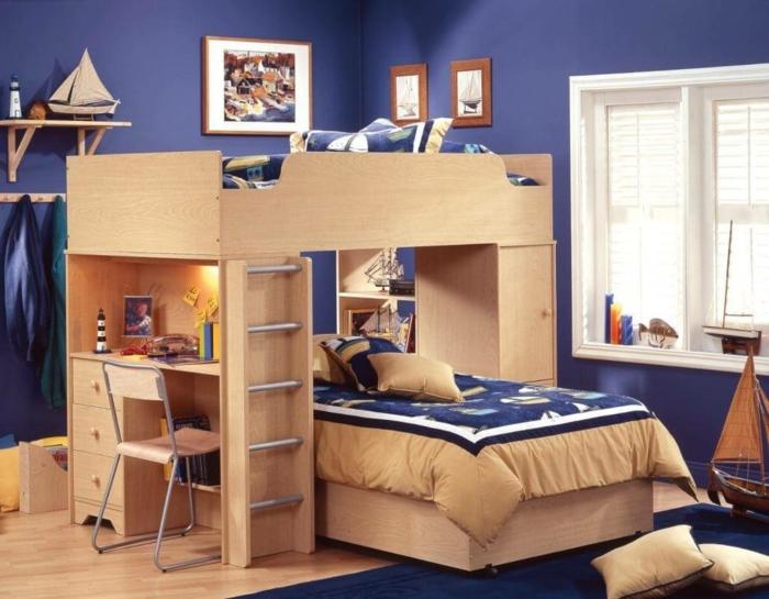 habitaciones infantiles, habitación con litera doble madera clara, paredes azules, decoración con barcos