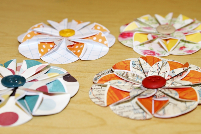 como hacer flores de papel, gerberas hechas de papel y botones