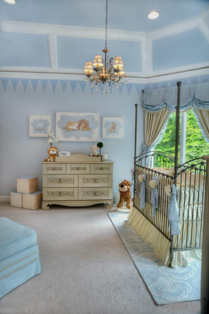 decoracion habitacion bebe, habitación bebé vintage en azul, lámpara de araña, litera, peluche