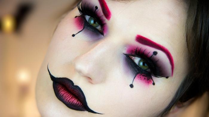 maquillaje bruja, cómo conseguir un look impresionante este halloween, pestañas dibujadas, labios en dos colores