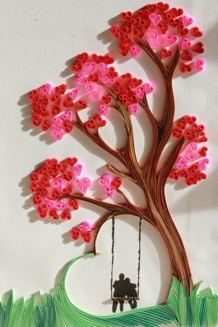 manualidades para niños, decoración con árbol y columpio de papel en pared blanca