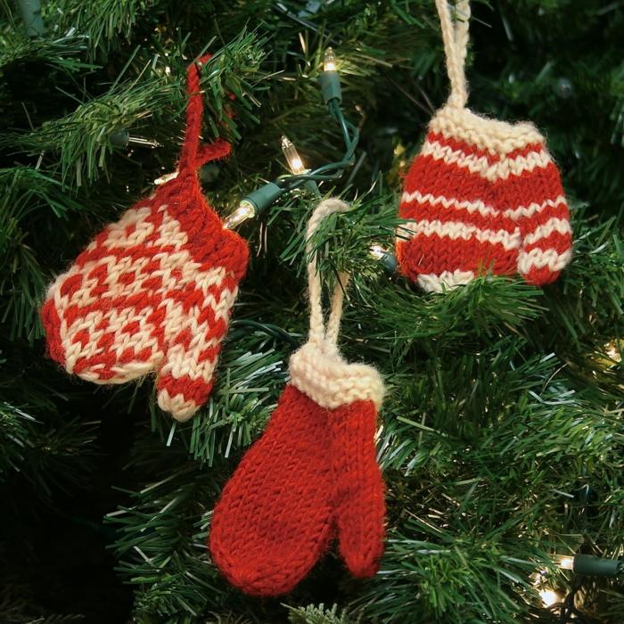 adornos de navidad hechos a mano, tejido de punto rojo y blanco