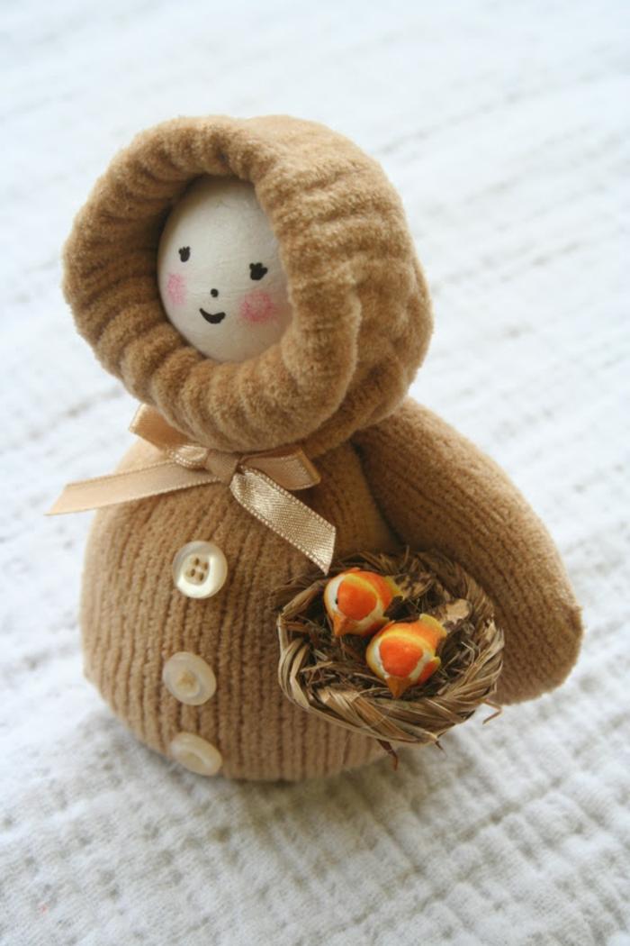 manualidades faciles, muñeca de guante marrón, decoracion otoñal