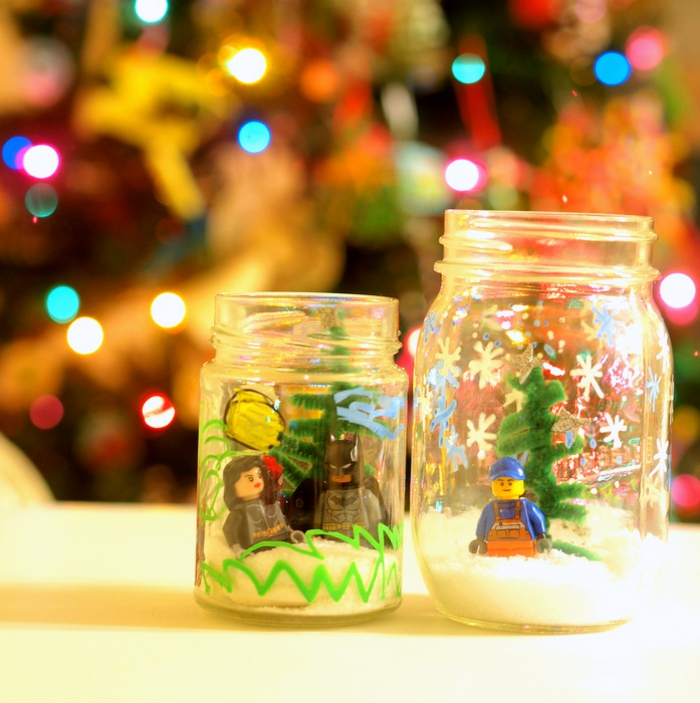 manualidades paso a paso, frascos dibujados, para la decoración navideña