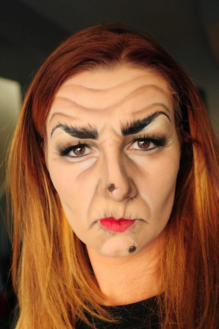 bruja halloween, como conseguir el aspecto de una bruja malvada, arrugas dibujadas, cara con verrugas, cejas exageradas