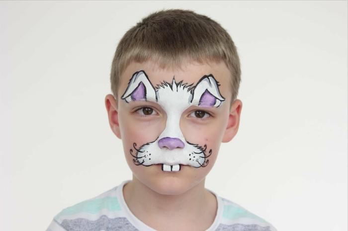 maquillaje para halloween, maquillaje conejo para niños en blanco y lila