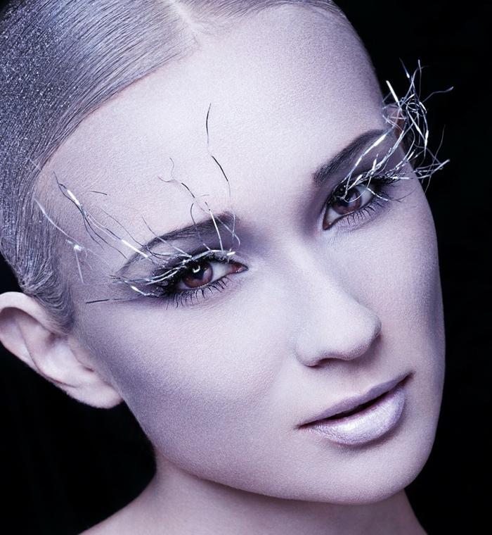 maquillaje sencillo, disfrace de elfo forestal, largas postizas pestañas, piel pálida sin muchos colores