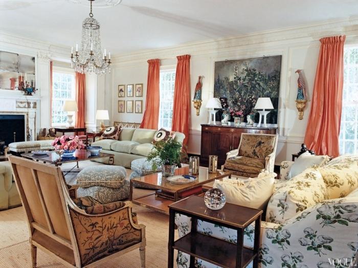 salon moderno, decorado con muchos detalles, cortinas color anaranjado, largas y sólidas de algodón