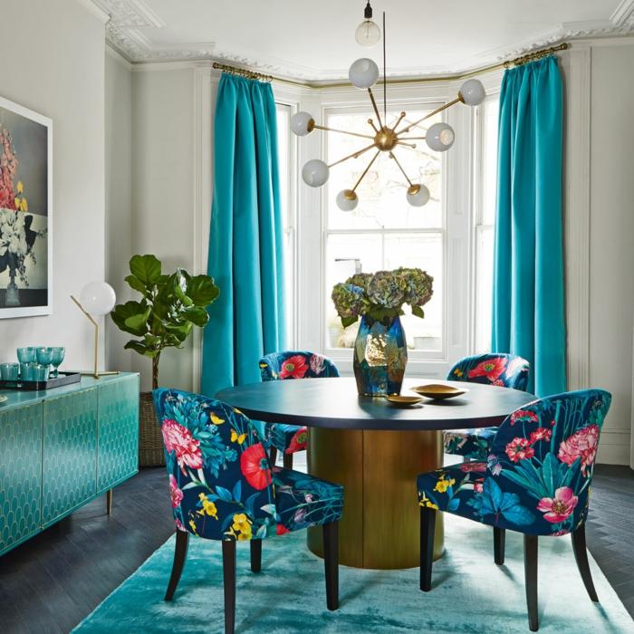 cortinas de salon, color azul aquamarino, cortinas gruesas, tejido peluche, muebles en el mismo color