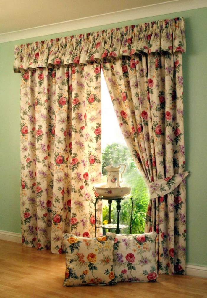 telas cortinas, cortinas de algodón, estampado moderno de grandes rosas, bonito ejemplo de habitación estilo provenzal