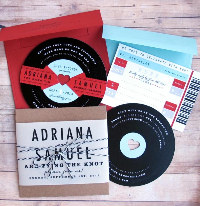 invitaciones creativas, invitación de boda como disco con musica, sobre en azul, rojo y papel kraft
