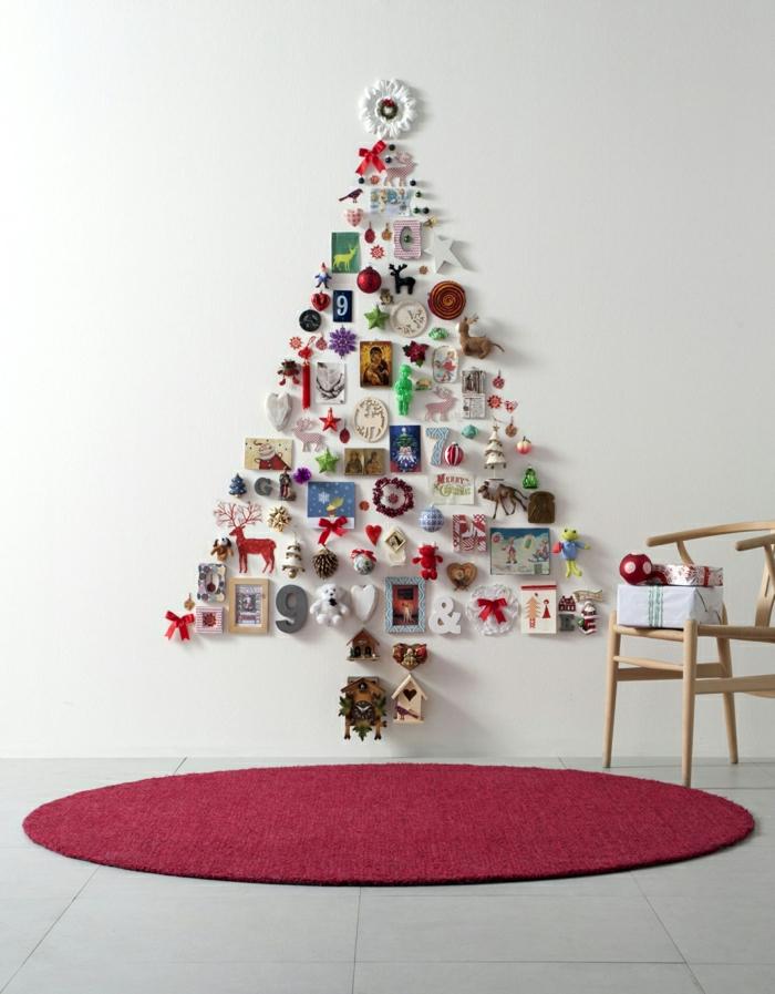 arbol de navidad manualidades, propuesta original de pequeños ornamentos colgados en la pared en la forma de árbol navideño