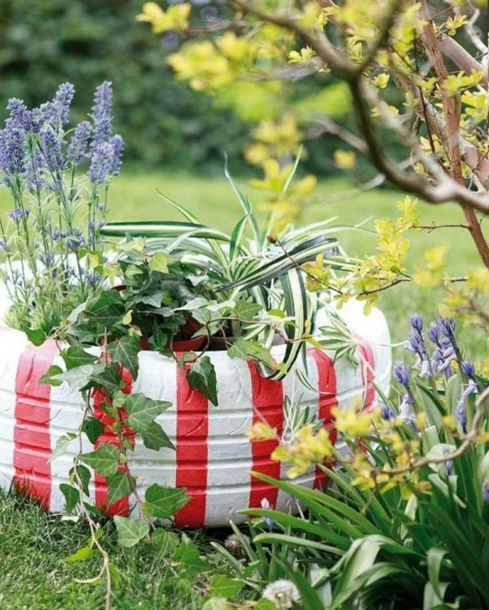 decoracion de jardines, pinta los neumáticos viejos de tu coche para adornar tu jardín con esta decoración original y bonita