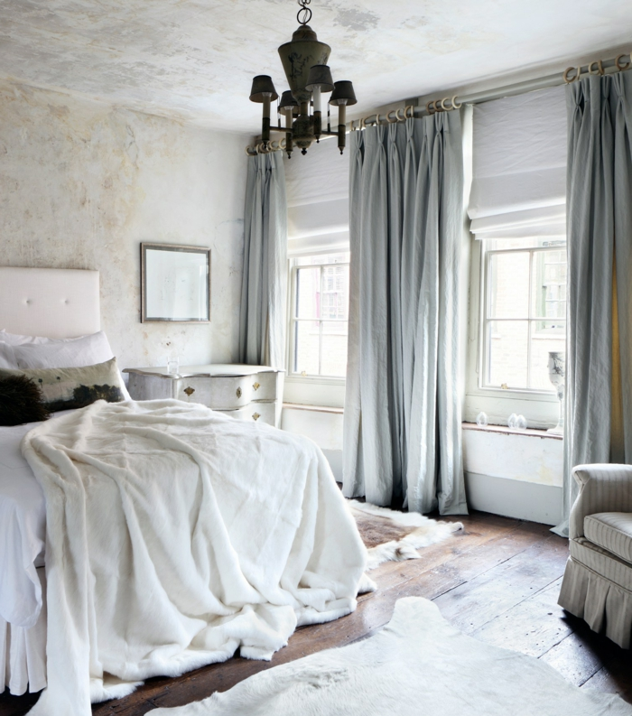 cortinas dormitorio, habitación con muebles y paredes de estilo vintage, suelo da madera y cocinas gruesas en gris