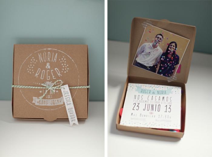 invitaciones de boda vintage, invitación en cajita cuadrada con cuerda, foto de la pareja
