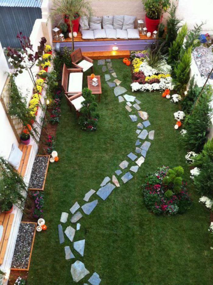 decoracion de jardines, idea compleja para un jardín largo y estrecho, rincón para relax, sendero original