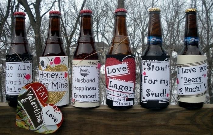 regalos de san valentin, idea e regalo para novio, botellas de cerveza con etiquetas con mensajes de amor