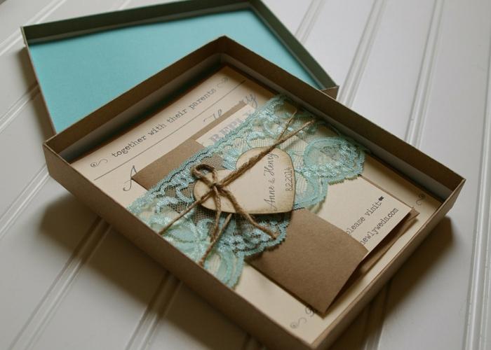 invitaciones, invitación de boda vintage de papel Kraft en cajita, encaje verde, corazón y cuerda