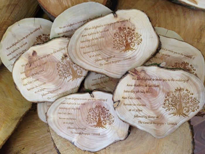 invitaciones de boda originales, invitaciones con grabado en madera rústica con árbol