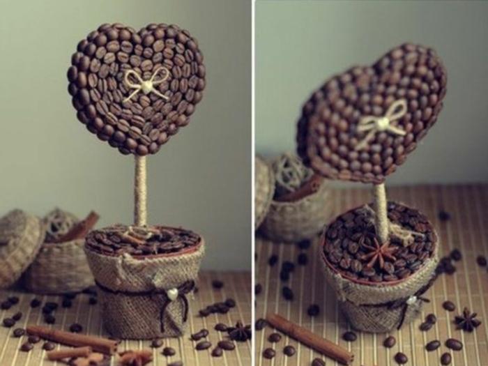 regalos originales para novios, decoración de san valentin con corazon de cafe en maceta pequeña
