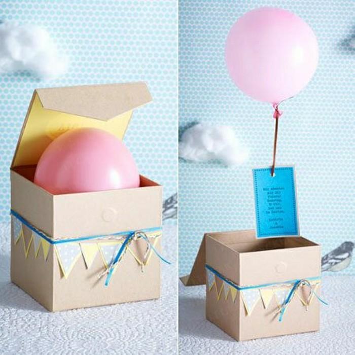 regalos san valentin, regalo romántico en cajita de papel kraft, mensaje con globo rozado