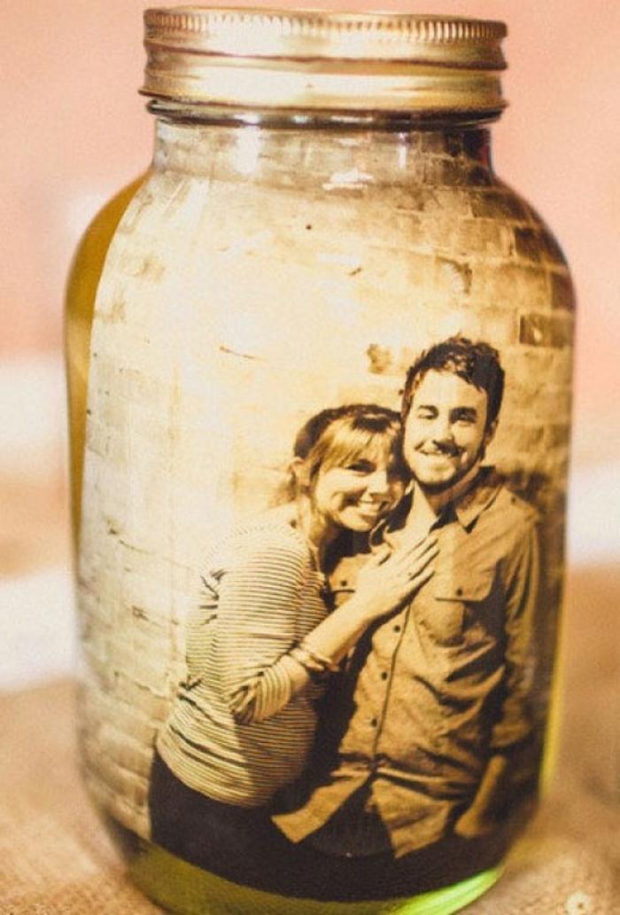 regalos romanticos, regalo de san valentin, foto de pareja en blanco y ngro, tarro de cristal con efecto antiguo