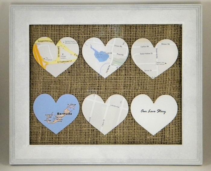 manualidades originales, regalo de san valentin con mapa de amor, mapas de sitios importantes en forma de corazones, decoración pared