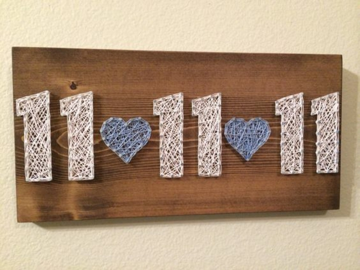 regalos originales hechos a mano, regalo san valentin, decoración de pared con claves e hilos, fecha importante de la relación