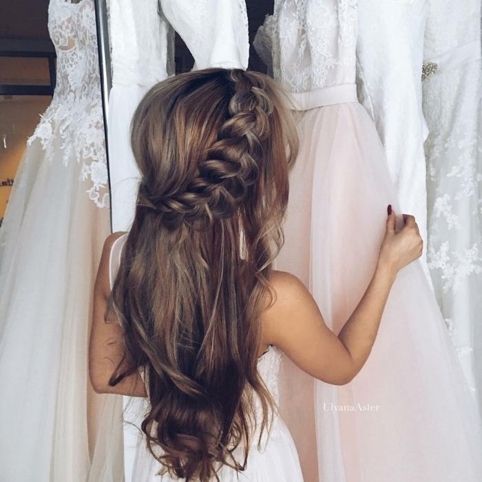 semirecogidos pelo rizado, peinado de novia, semirecogido cabello suelto conj ondas naturales y trenza voluminosa, vestidos de novia