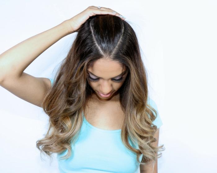 semirecogidos faciles, tutorial paso a paso para conseguir semirecogido con coleta elevada inspirado por Ariana Grande