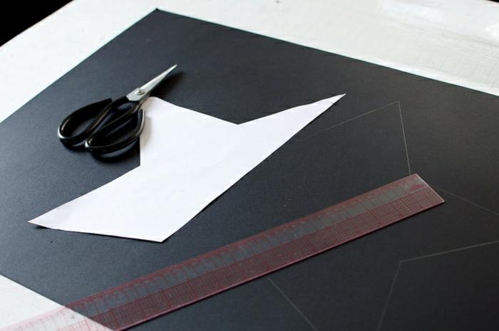 estrella navidad, manera fácil de elaborar una estrella tridimensional, manualidad fácil de cartón