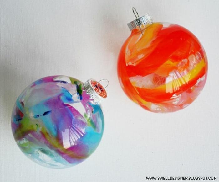 bola navidad, dos ornamentos de cristal pintados por dentro, pintura acrílica y formas sueltas