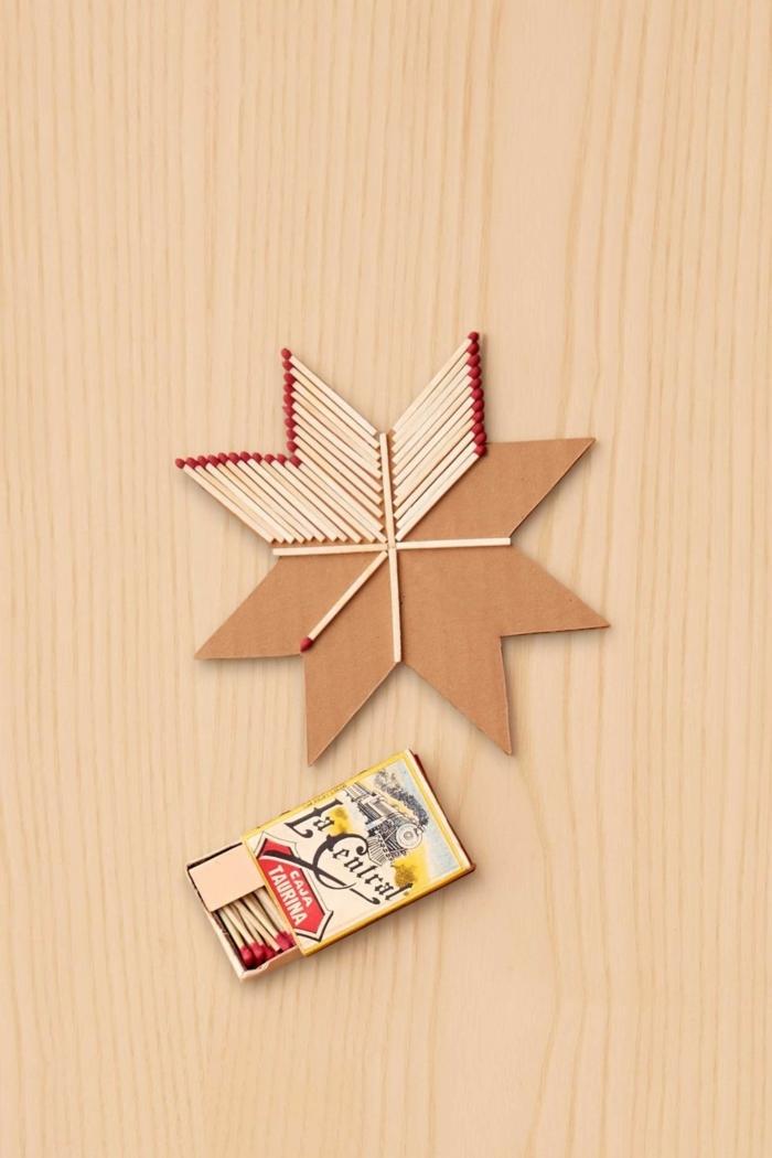 como hacer una estrella, manualidades con cerillas, estrella de ocho puntos de base de madera y cerillas