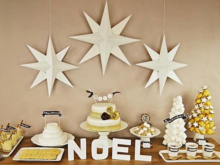 tipos de estrellas, decoración en blanco y amarillo para navidad, estrellas de tres dimensiones en blanco