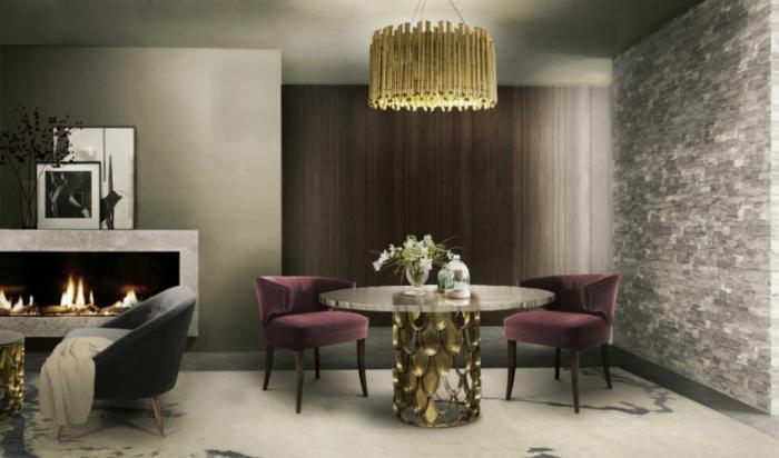 comedores, elegante salón con espacio para comer, mesa original con sillas tapizadas con peluche en color morado, araña original