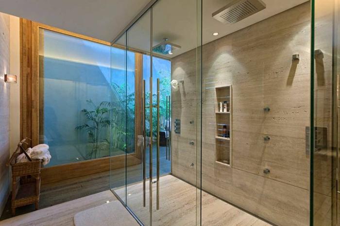 cuartos de baño con ducha, baño pequeño con ducha de obra d egranito, mampara de vidrio, ducha doble con efecto lluvia