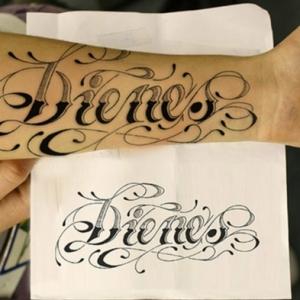 Letras para tatuajes - ideas de fuentes y tipos de tatuajes